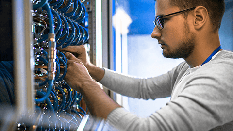 Experienced cabling engineers
